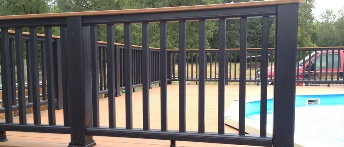 3 Reasons to add railing to your Deck